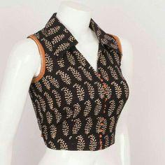 Cotton Saree Blouse Designs, Designer Blouse Patterns, Saree Blouse Neck Designs, Kurti Designs Party Wear, Kurta Designs, Kurta Neck Design, Stylish Blouse Design, Look Cool, Blouse Models