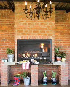 Indoor break currently no cladding to add cladding Indoor Bbq, Outdoor Barbeque, Modern Outdoor Fireplace, Outdoor Living, Diy Pergola, Pergola Ideas, Small Pergola, Pergola Plans, Pergola Kits