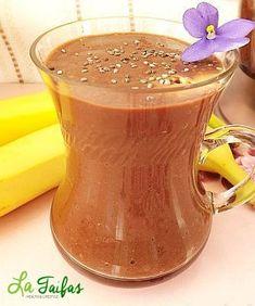 Budincă de Banană și Cacao la Blender (Rețetă Video) | La Taifas Moscow Mule Mugs, Deserts, Tableware, Food, Banana, Dinnerware, Tablewares, Essen, Postres