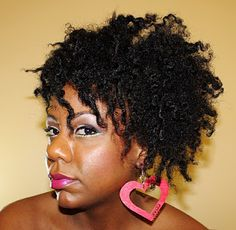 You tube Vlogger and artist Toni Daley....  My hair twin