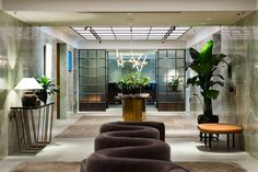 """houseandhomme: """" {Wow! Studio Ilse designed this lounge in Cathay Pacific's hub airport in Hong Kong. Kind of giving a nod to air travel's most glamorous days… there's an elevated retro vibe, with luxurious modern finishes.} For The Pier First Class..."""
