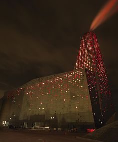 The Energy Tower in Roskilde is one of the largest luminous landmarks in Denmark. The Dutch architect (designed by) Erick van Egeraat has designed the power plant's facade building and the architectural façade lighting concept. Gunver Hansen Studio has designed the facade lighting project.