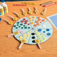 Clothespin Counting Wheel - Get students' wheels turning with these unique counting wheels. Use a variety of colorful items that will capture kids' attention as they practice their counting and number association skills. Preschool Learning Activities, Indoor Activities For Kids, Preschool Classroom, Infant Activities, Kids Learning, Art Drawings For Kids, Preschool Projects, Classroom Fun, Fun Math