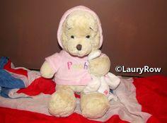 Winnie the pooh (winnie l'ourson) / https://www.facebook.com/Disneycollecbell-603653689716325/photos/?tab=album&album_id=604790622935965  /// ©LauryRow or ©Disneycollecbell.