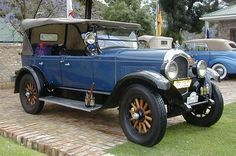 cars of the 1920s  http://www.anythingaboutcars.com/images/1926_Chrysler_Tourer.jpg