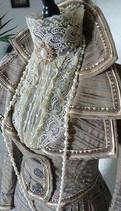 Gilded age Walking Dress detail, circa 1899...