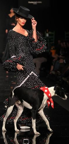 Rocío Peralta, Simof 2015 Sketches Of Spain, Spanish Style, Oras, Black And White, Red Black, Preppy, Flamenco Dresses, Fashion Dresses, Style Inspiration