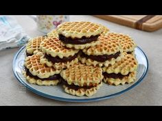 Faguri cu crema de cacao, la fel de buni ca in copilarie | JamilaCuisine - YouTube Apple Pie, Waffles, Cheesecake, Dessert Recipes, Cookies, Breakfast, Food, Audi, Amazing