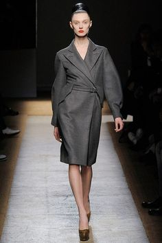 Saint Laurent Fall 2009 Ready-to-Wear Collection Photos - Vogue