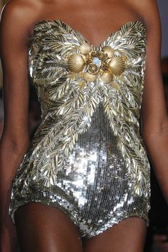 PLAY WITH LIFE | fashiondailymag: some shells to go with the...