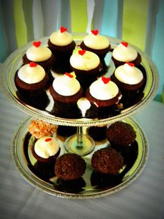 Create this chic cupcake stand with plastic trays from Dollar Tree