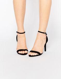 Zapatos de tacón a tiras con diseño de ancho especial de New Look