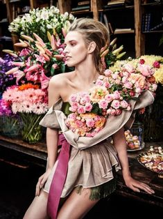 & Her ~ Lovely Vogue Editorial, Editorial Fashion, Fashion Souls, Beauty And Fashion, Floral Fashion, Costume Design, Lanvin, Girl Pictures, Fashion Photography