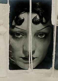 Man Ray, Kiki de Montparnasse.