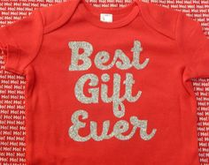 BEST GIFT EVER Baby bodysuit outfit for Christmas / Holiday / Silver Sparkle Glitter Design / you choose size / short or long sleeves