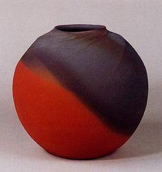 Ceramic vase crafted by national living treasure, Sekisui Ito, Japan