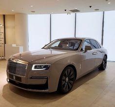 Rolls Royce Wraith, Rolls Royce Phantom, Rolls Royce Cars, Subaru, Nissan, Benz Suv, Toyota, Lux Cars, Lamborghini