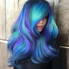 Try 18 Geode Hair Color Styles And New Trend in the World of Dyeing Se Blue Hair color dyeing Geode hair Styles Trend world Hair Dye Colors, Cool Hair Color, Peacock Hair Color, Bright Hair Colors, Purple Hair, Ombre Hair, Blonde Hair, Coloured Hair, Dye My Hair