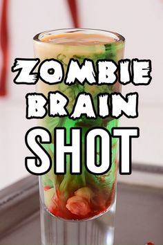 This totally creepy and absolutely cool zombie brain shot is the ultimate Halloween drink. And it's as fun to make as it is to shoot - if you dare! Halloween Desserts, Halloween Cupcakes, Halloween Drinks, Holiday Drinks, Party Drinks, Halloween Treats, Halloween Party, Zombie Drink, Zombie Food