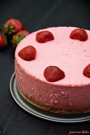 Patricia bakes: Jogurtowiec truskawkowy Cheesecake, Strawberry, Healthy Recipes, Baking, Food, Cheesecakes, Bakken, Essen, Strawberry Fruit