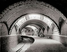 Vintage New York City photography. City Hall subway station, New York, New York City art print. New York City Hall, New York City Photos, New York Pictures, New York Subway, Nyc Subway, Vintage New York, City Hall Station, Central Station, Lexington Avenue