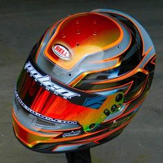 Kole Piano #polendesigns #helmetart #helmetpaint #helmetdesign #helmetart #custompaint #customhelmet #art @bellracingusa