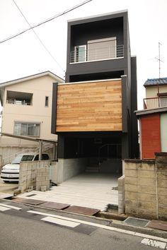 なんと間口4.5m!の狭小間口に建つ3階建て