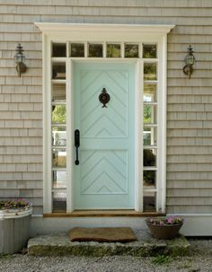Love this front door, different color.  And border windows