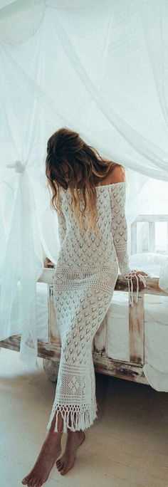Boho Chic 60 Trending Boho Summer Outfits From The Popular Brand : Spell & The Gypsy… Shift Dresses, White Maxi Dresses, Women's Dresses, White Dress, Casual Dresses, Dresses With Sleeves, Hippie Style, Bohemian Style, Hippie Chic