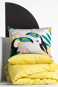 Funda estampada de almohada: Funda estampada de almohada en tejido de algodón de hilo fino. Hilo de 30. Número de hilos 144.