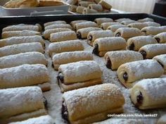 A kde je na ně recept. Czech Desserts, Sweet Desserts, Sweet Recipes, Czech Recipes, Russian Recipes, Best Party Mix Recipe, Baking Recipes, Dessert Recipes, Eastern European Recipes
