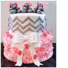Elephant BabyShower cake
