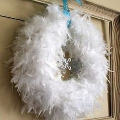Winter Wreath Tutorial Feathers by Crafty Endeavor