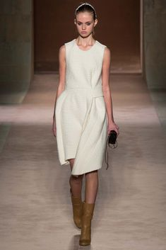 Victoria Beckham - Fall 2015 Ready-to-Wear - Look 20 of 36