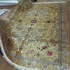 Golden handmade silk carpet from Yilong Carpet factory will be sent to our client, do you like it? #persianrug #luxuriouslife  #handmaderug #orientalcarpet #carpetforbedroom #carpetforlivingroom #tabrizrug #antiquerug #handmadecarpet #turkishcarpet #livingroomdecor  #classicrug #carpetshop #Yilongcarpet #Vantage #love #like4like #amazing #beauty #f4f #art #style #life #fashion