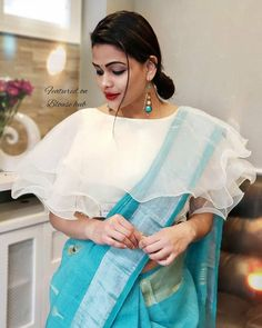 Latest Designer Blouse Design, Best Blouse Design For All Occasion Best Blouse Designs, Simple Blouse Designs, Stylish Blouse Design, Sari Blouse Designs, Designer Blouse Patterns, Lehenga Designs Simple, Blouse Models, Boat Neck, Saree Blouse