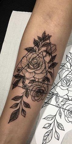 35 pictures of female tattoos on her arm - pictures .- 35 Bilder von weiblichen Tätowierungen auf dem Arm – Bilder und Tätowierungen 35 pictures of female tattoos on her arm – pictures and tattoos … – # tattoos - Rose Tattoos, Flower Tattoos, Body Art Tattoos, New Tattoos, Small Tattoos, Tatoos, Floral Skull Tattoos, Future Tattoos, Tattoo Drawings