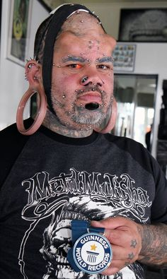 Hawaiian man claims Guiness World Record for biggest stretch earlobes