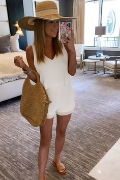 Trendy Outfits, Summer Outfits, Cute Outfits, Pink Lily, Summer Wear, Girly Girl, Summer Looks, Cool Style, Hawaii