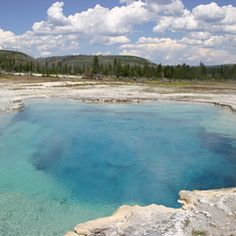 Top wow spots of Yellowstone | Biscuit Basin