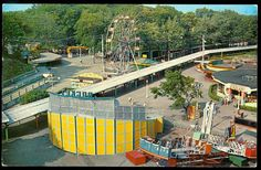 Crystal Beach Rocket and Flying Disc (also known as Flying Saucer and Zig Zag) Fort Erie, Flying Disc, Amusement Park Rides, Flying Saucer, Roller Coaster, Zig Zag, Buffalo, Scenery, Canada
