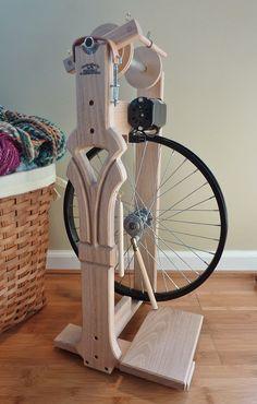 Heavenly Handspinning Navitas spinning wheel
