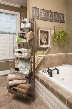 Bathroom storage, master bathroom, farmhouse kitchen decor, cheap diy home decor Budget Bathroom, Home Diy, Diy Bathroom, Diy Bathroom Decor, Home Decor Styles, Bathroom Remodel Master, Amazing Bathrooms, Bathroom Storage, Country House Decor