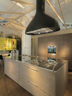 Modern Pampa Kitchen by Schiffini Sculptural Design And Stylish Slit Handles Shape Exquisite Pampa Kitchen
