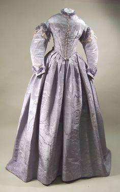 Wedding Dress  1865  Manchester City Galleries