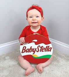 DIY Babybel cheese costume for a baby! C.R.A.F.T. #babycostumes #diycostumes Best Diy Halloween Costumes, Clever Costumes, Food Costumes, Halloween Party Themes, Game Costumes, Pregnancy Costumes, Diy Couples Costumes, Family Costumes, Diy Costumes