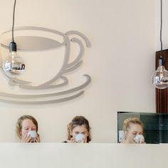 the coffee shop – Google+