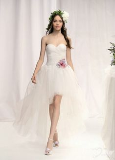 reception dress? 20 Amazing Short Wedding Dresses