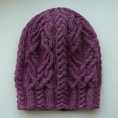 Favorki hat knit free pattern by Agata Smektala