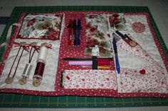 Imagen 2 Small Sewing Projects, Diy And Crafts Sewing, Sewing Hacks, Needle Case, Needle Book, Sewing Caddy, Sewing Kits, Organize Fabric, Patchwork Bags